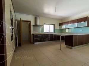 House for sale in Nearest_Important_City1 sma11547