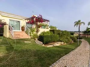 House for sale in Vilamoura sma11595