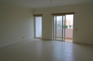Apartment for sale in Nearest_Important_City1 sma13577