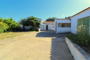 Country House for sale in Nearest_Important_City1 sma13750